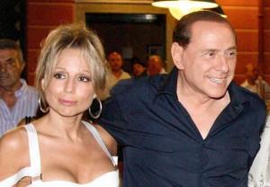 Marina Berlusconi unico jolly anti-Renzi. Il modello spagnolo sola chance