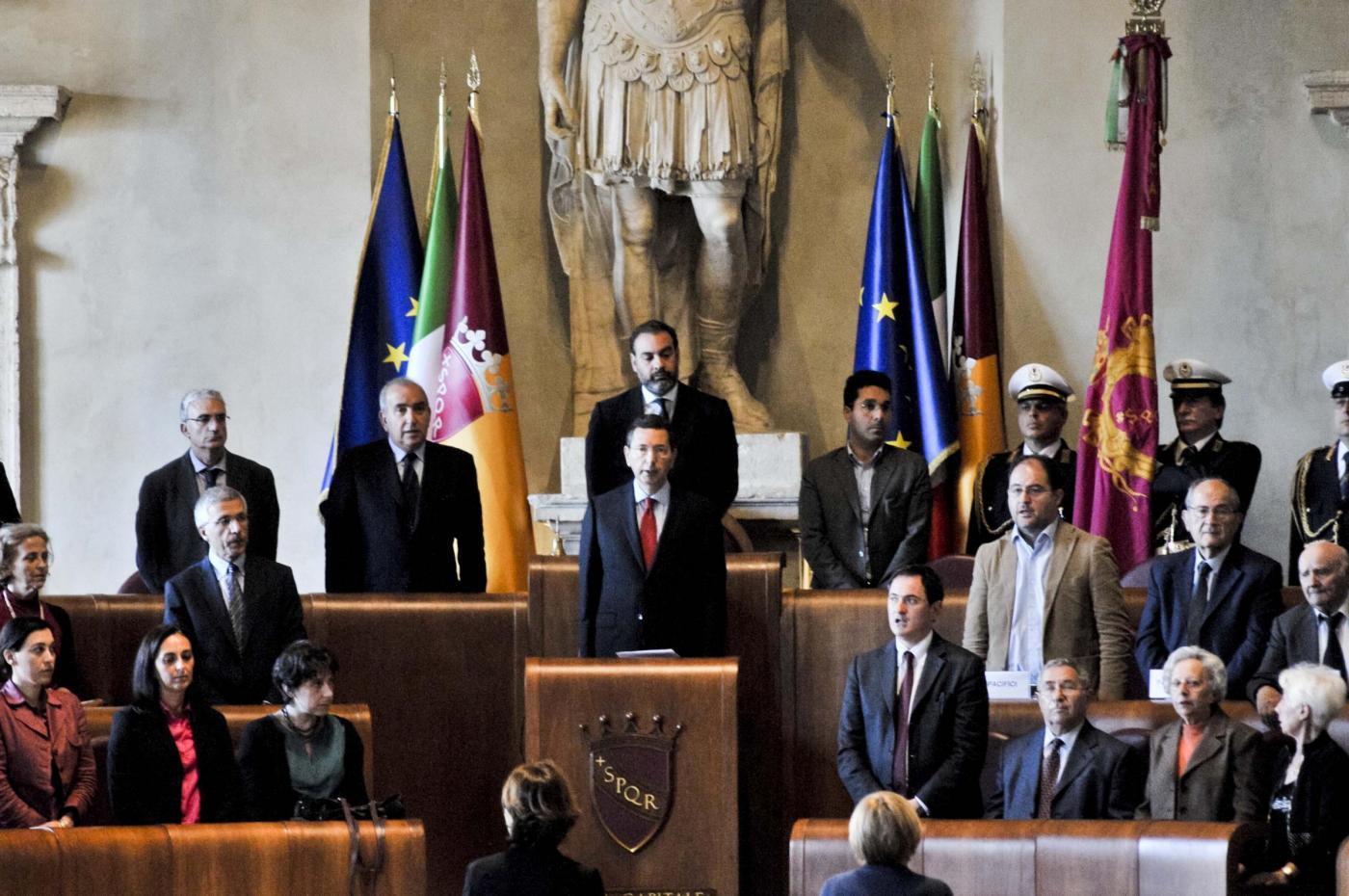 Ignazio Marino in bilico: se il Pd lo molla, election day a maggio