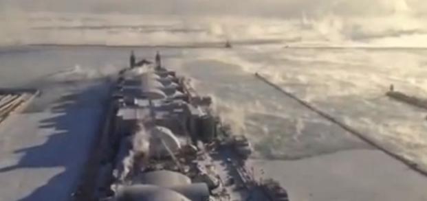 "Usa, -50 gradi: il Lago Michighan ""fuma"" (video)"