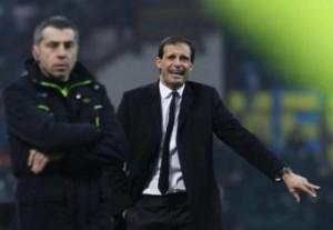 Milan-Atalanta, formazioni Serie A: Allegri con Balotelli e Robinho (LaPresse)