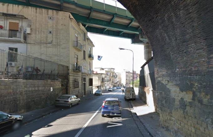 Napoli, sgomberato palazzo a rischio crollo in via Filippo Maria Briganti