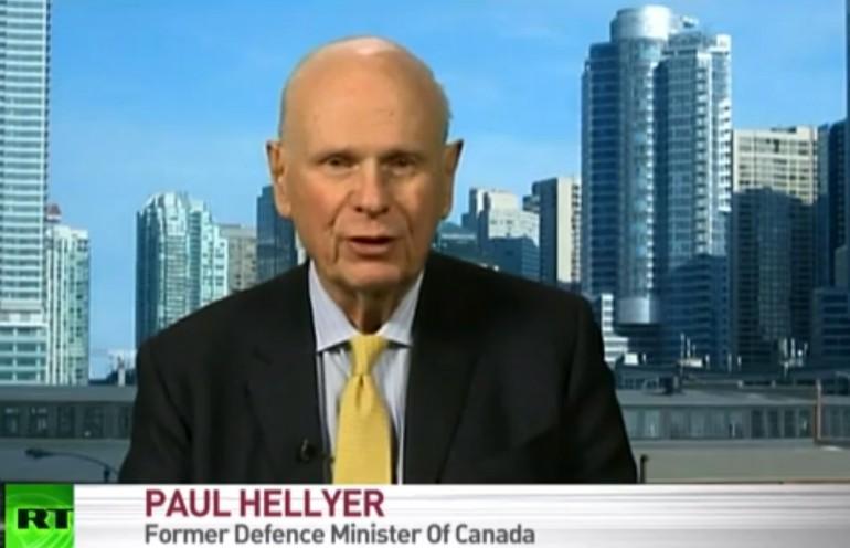 """Paul Hellyer, ex ministro della difesa canadese: """"Gli alieni sono già tra noi"""""""