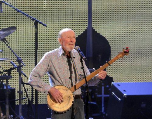 Pete Seeger morto. Era il cantante simbolo del folk Usa (foto Lapresse)