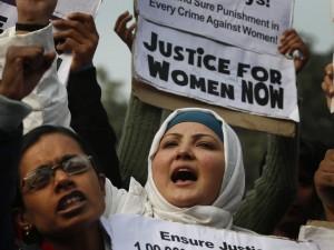 proteste-india-stupri-donne-300x225