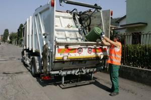 """""""E' illegale l'Iva sulla tassa rifiuti"""": giudice di Lucca condanna ente a rimborso"""