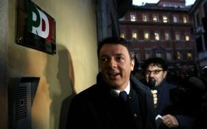 Pd, conti in rosso: Matteo Renzi mette il badge ai dipendenti del Nazareno