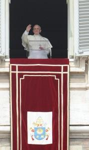 """Un romanista a Bergoglio: """"Noi vinciamo sempre, non a ogni morte di Papa"""" (Ansa)"""