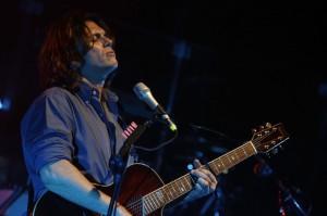 Gianluca Grignani, cantante ricoverato in ospedale a Fabriano