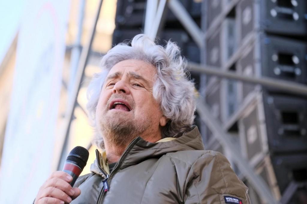 Bersani: Grillo, ti aspettiamo, non fare scherzi