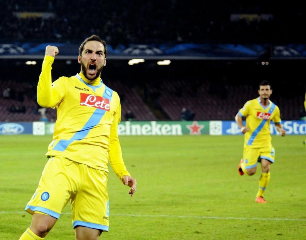 """Higuain: """"Amo Napoli, la gente vive per il pallone"""""""