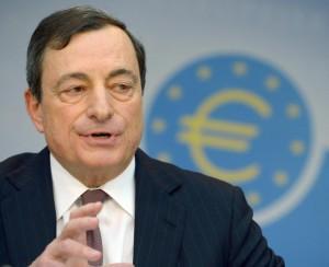 """Bce, lenta ripresa dal 2014: """"Rischi al ribasso per l'Eurozona"""""""