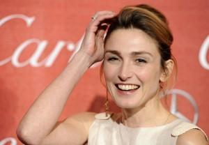 """""""Julie Gayet è incinta del figlio di Hollande"""": lo dice il blogger Le Reel"""