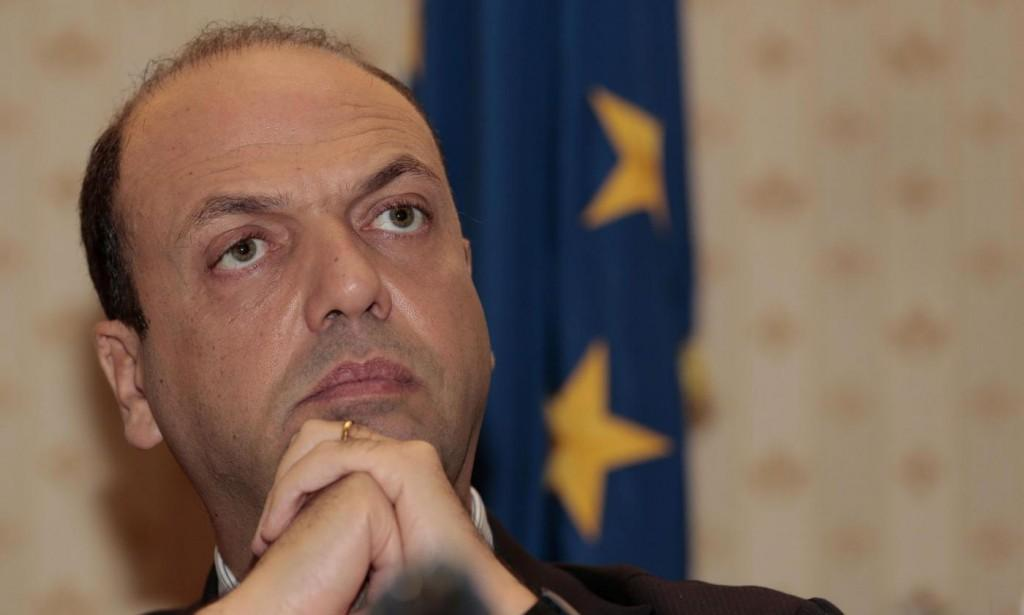 """Il Messaggero: """"Una telefonata con Ligresti accende la polemica su Alfano"""""""