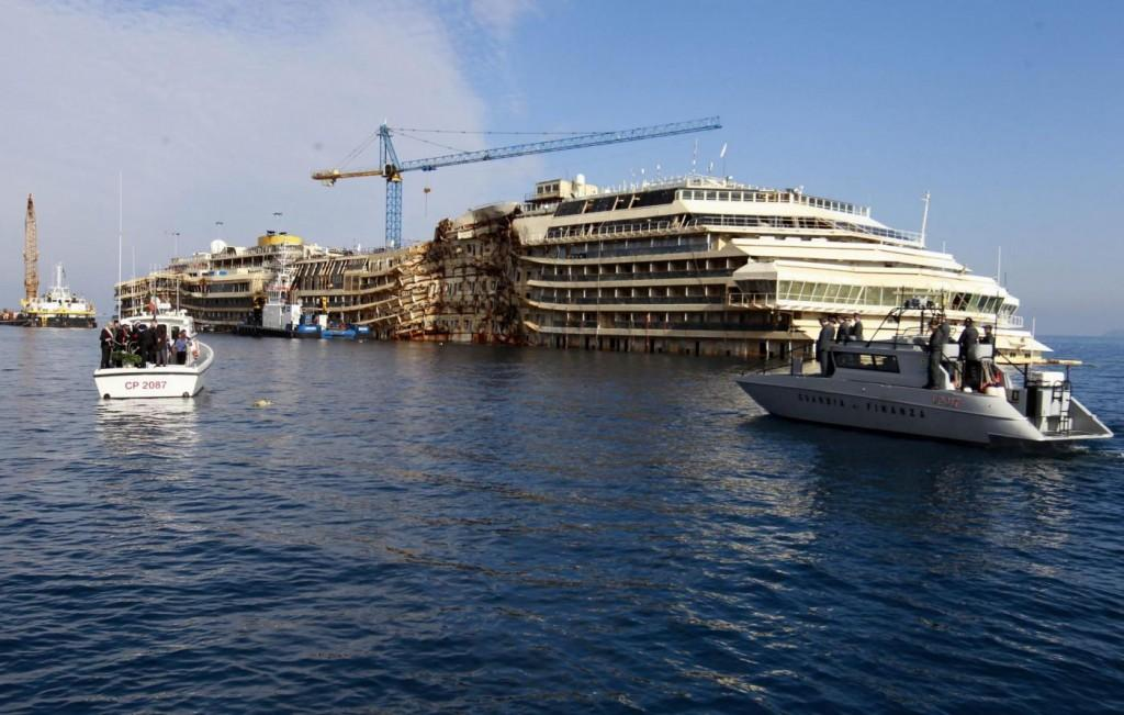 Concordia, cinque cordate italiane candidate per lo smaltellamento