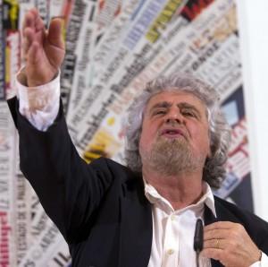 Beppe Grillo a Roma incontra i parlamentari M5s