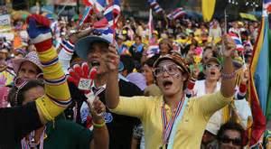 Manifestanti antigovernativi a Bangkok