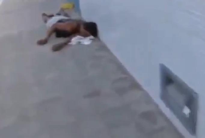 Brasile, picchiato e rapinato: 6 ore d'agonia in strada, nessun soccorso (video)