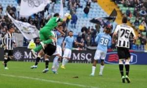 Video, Udinese-Lazio 2-3: Brkic - Lazzari la papera del giorno (LaPresse)