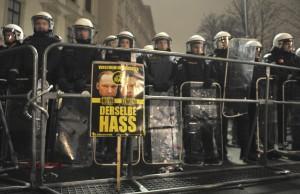 Vienna, scontri al ballo dell'estrema destra: 20 feriti