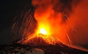 L'eruzione del vulcano Sinabung