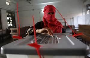 Donna vota a Dacca