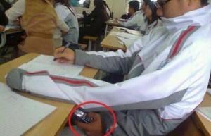 Cambia la tecnologia, cambiano i metodi per barare all'esame