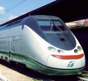 Aurora Cei, studentessa travolta da un treno a Cascina (Pisa)