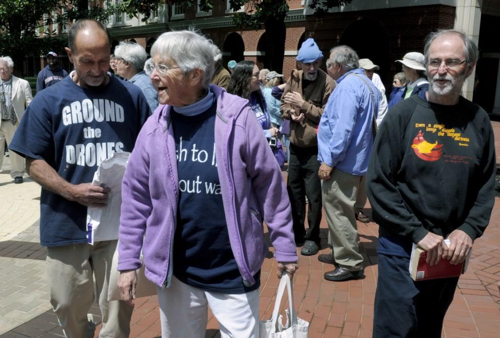 Megan Rice, suora pacifista di 84 anni, condannata a 3 di carcere negli Usa