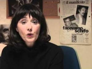 """Rissa Letta-Grillo su barbarie, fascisti, assassini. Manifesto: """"Grottesca"""""""