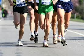Verona, travolge anziana durante maratona e corre via. E' caccia alla podista