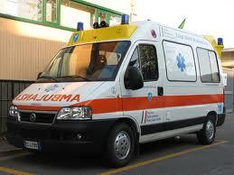 Cologno Monzese (Milano): investito da auto contromano, è in gravi condizioni