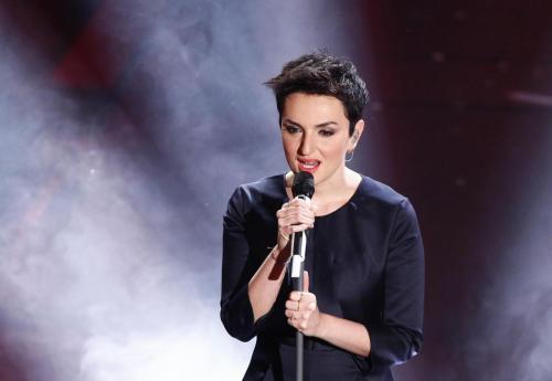 """Festival di Sanremo: Arisa vince con """"Controvento"""""""
