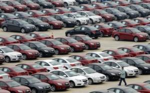 Mercato auto in leggera ripresa. Ma non per Fiat