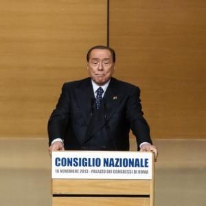 """Silvio Berlusconi: """"Voglio vivere in Sardegna e campare 120 anni"""""""
