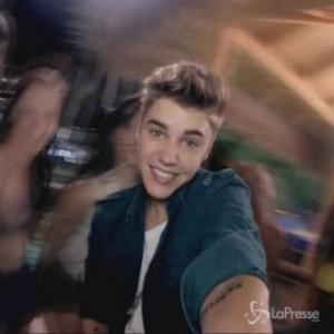 Justin Bieber affitta villa con piscina per farsi battezzare