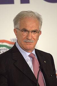 """Inps, Raffaele Bonanni presidente? Il Giornale: """"È l'ente che gli regalò la casa"""""""