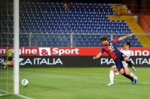 Calciomercato Genoa, ritorna Giuseppe Sculli, parte Stoian (LaPresse)