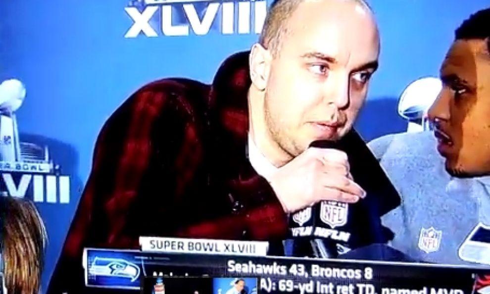 """""""Usa dietro attentati 11 settembre"""", il fuori programma al Super Bowl (video)"""