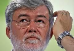Sergio Cofferati:  Sviluppo e lavoro centrali, sindacati in un cono d'ombra