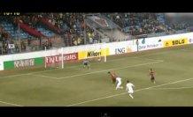 Copa Libertadores: Stordisce il difensore e poi colpo da biliardo (video)