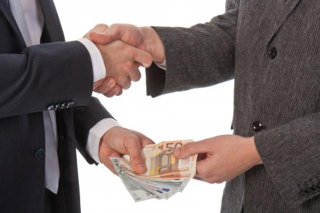 """Corruzione, """"in Italia pesa come mezza Europa"""": dati non omogenei,  un non senso"""