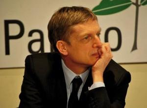 """Gianni Cuperlo, Pd: """"Renzi premier e segretario anomalia di partito"""""""