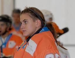 Nicole Bonamino, hockeista gay. Prima atleta italiana a fare coming out