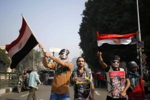 Egitto,ci si mettono anche gli ultras: scontri in piazza, 7 arresti