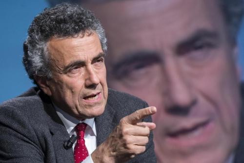 """Fabrizio Barca """"sondaggio su più furbo, ultimo"""": Giuseppe Smorto, Repubblica.it"""