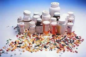 Antibiotici, statine, testosterone: la grande inutile abbuffata di farmaci