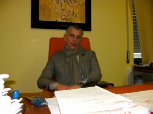 Asl Benevento: tre funzionari indagati, fra loro Felice Pisapia