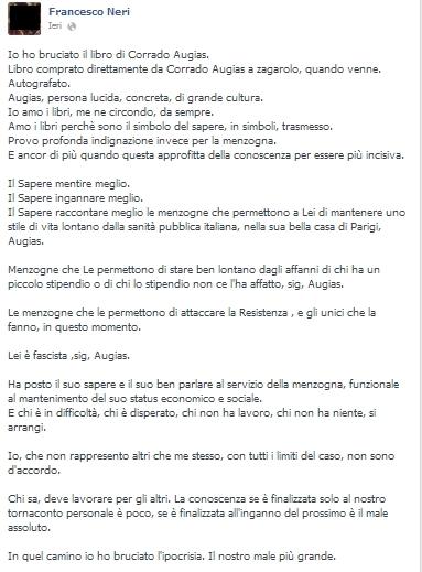 Francesco Neri (M5s) brucia il libro di Corrado Augias e lo rivendica su Fb