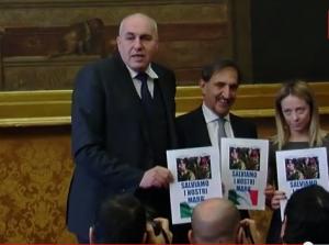 """Guido Crosetto ai giornalisti: """"Non chiamateci più famiglia Addams"""""""
