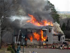 Germania amburgo tredicenne appicca fuoco a casa tre - Agenzie immobiliari ad amburgo ...